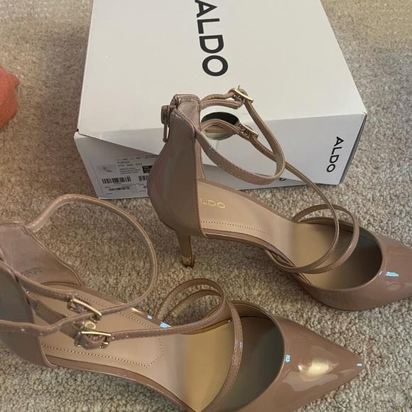 High heel shoes - never worn
